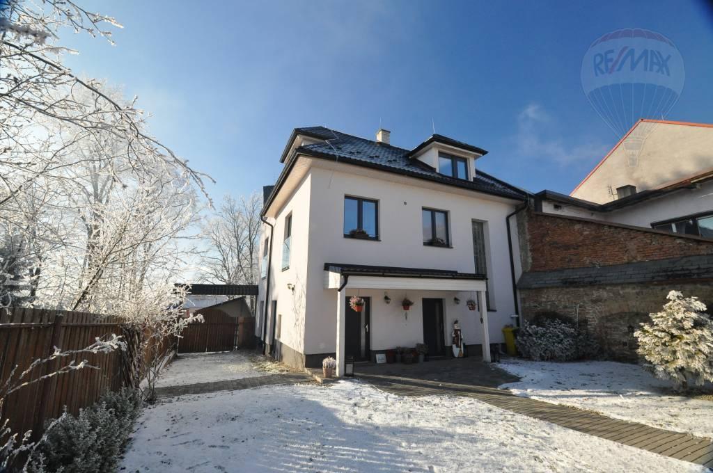 Predaj domu 259 m², Veľký Slavkov