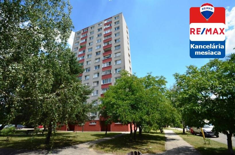 Predaj bytu (3 izbový) 70 m2 Bratislava Dúbravka