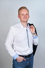 Martin Husárik, PhD. Certifikovaný maklér 1. stupňa