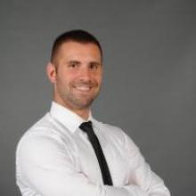 Ing. Tomáš Riska Certifikovaný maklér 1. stupňa