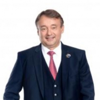 Realitný maklér Ing. Peter Badida