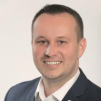 Alexander Krajňak - realitný maklér mesiaca december 2015